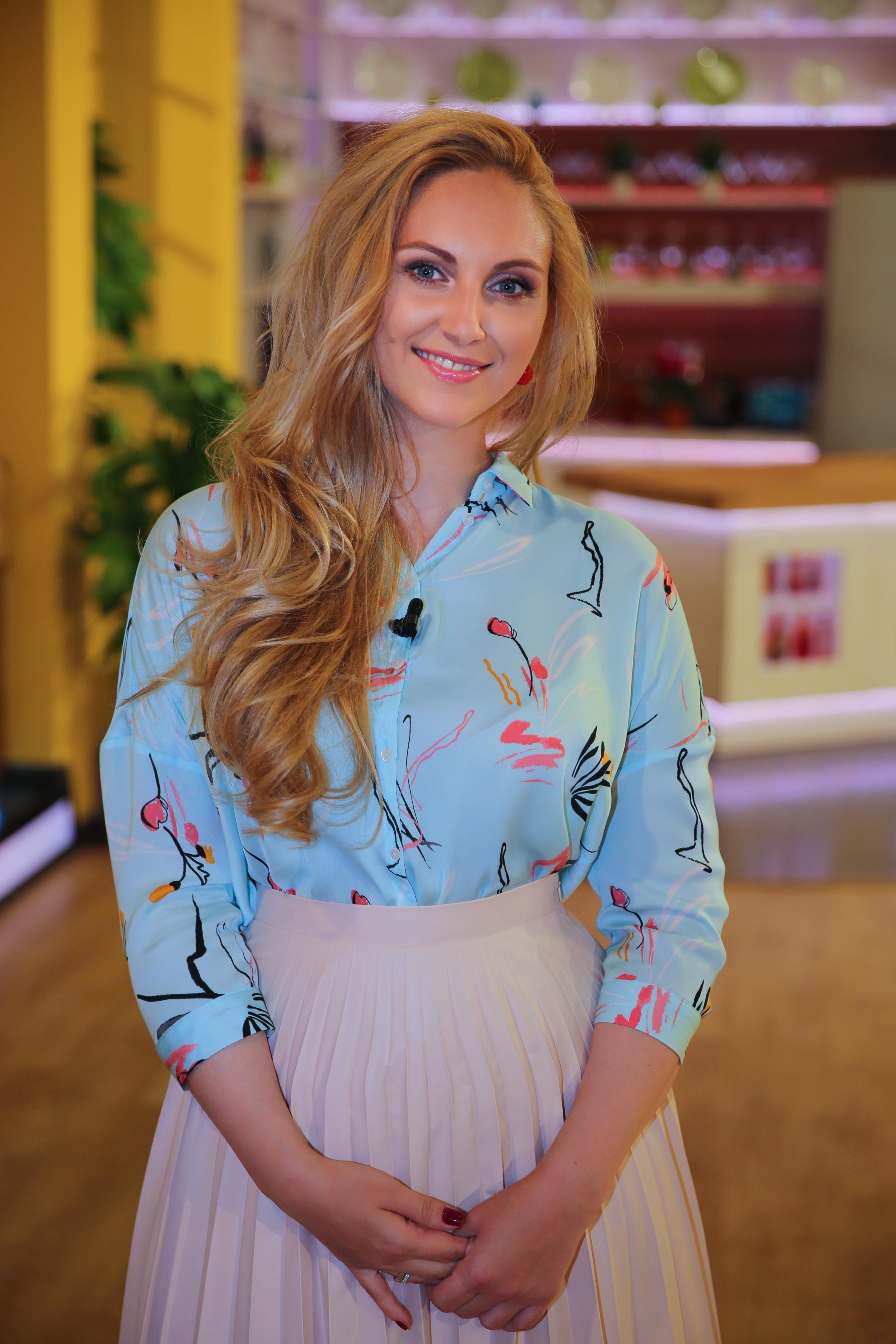 Телеведущая Юлия Бортник предпочитает домашние маски из натуральных ингредиентов