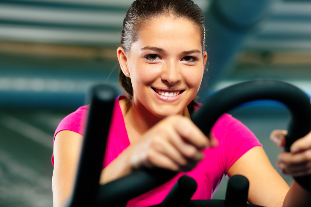 как быстро согнать жир с живота женщине