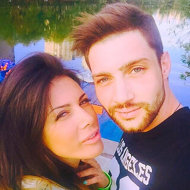 Олег Кензов с девушкой Наташей