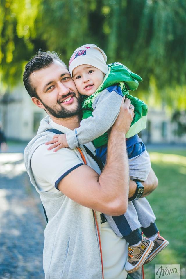 Тамерлан вместе с сыном.
