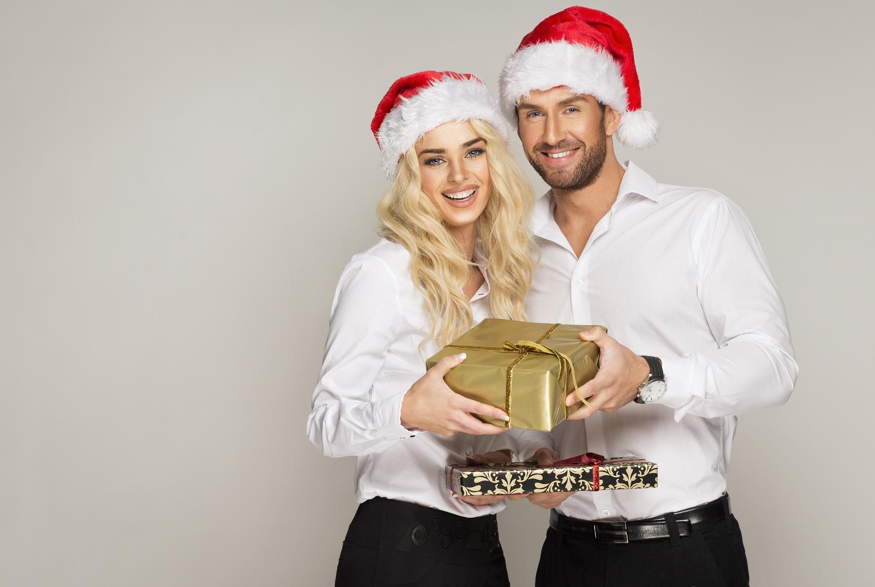 Твой молодой человек оценит любой новогодний подарок, сделанный с любовью!