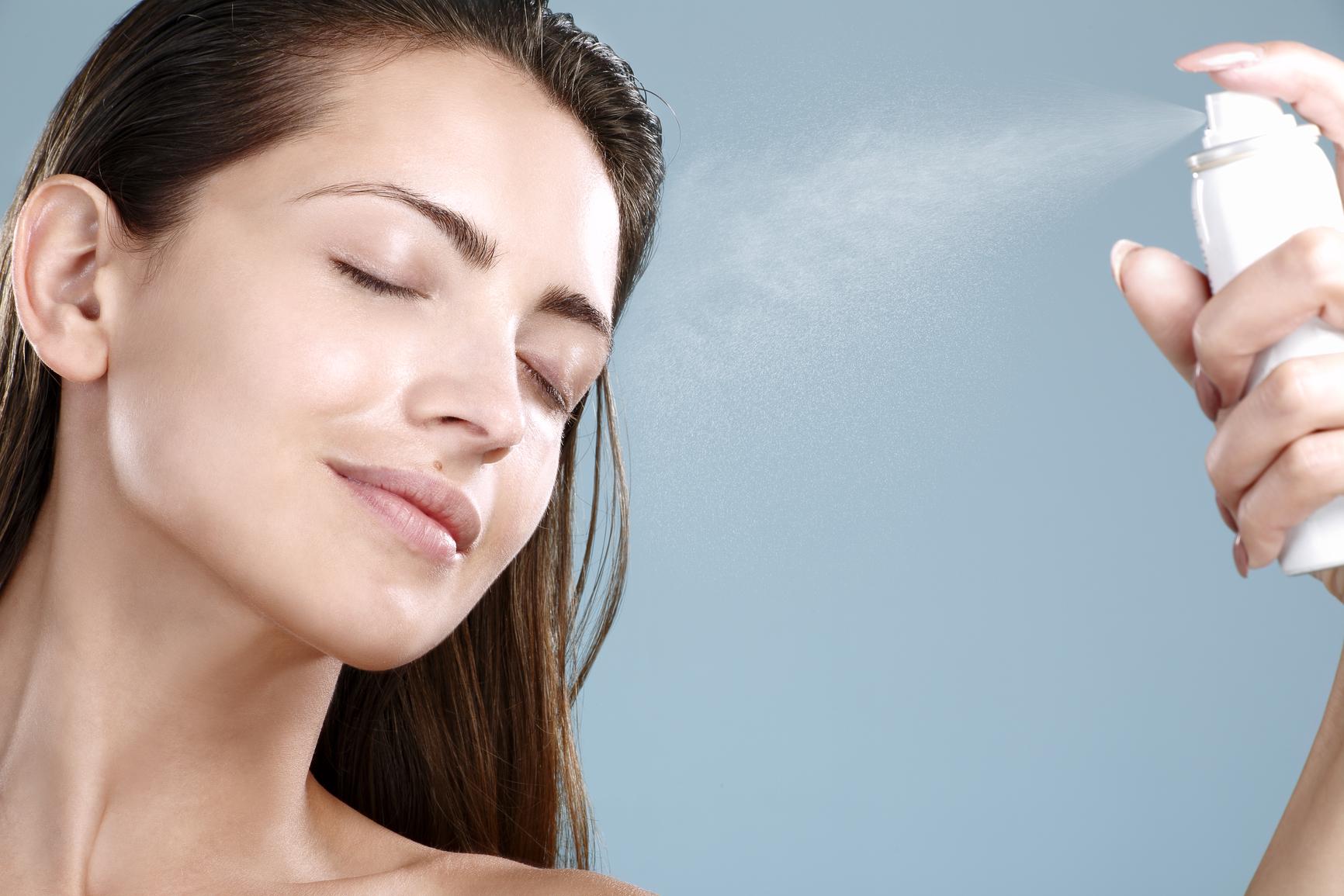 Термальная вода для лица: Все, что нужно знать об этом продукте