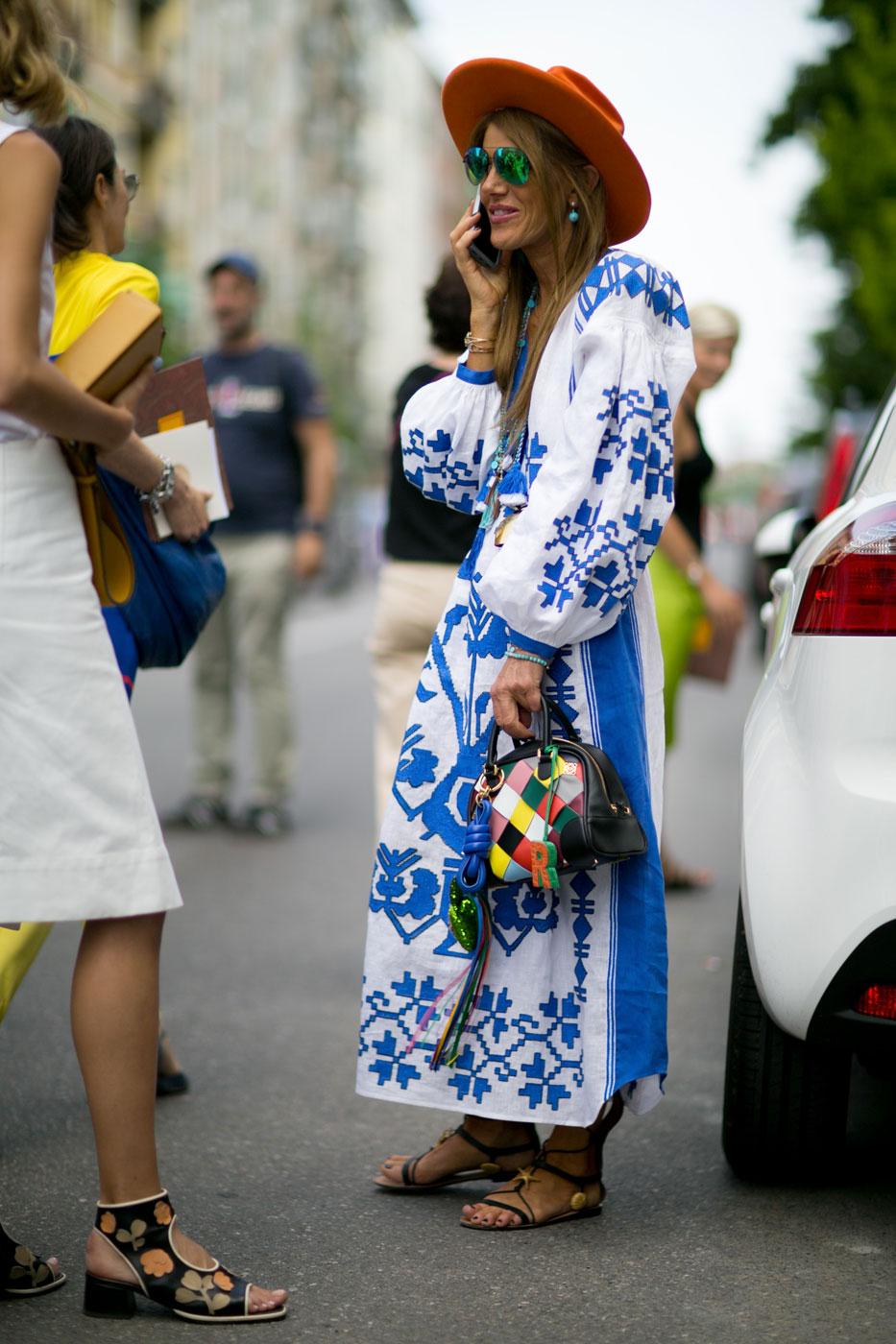 Главный редактор Vogue Japan Анна Делло Руссо выбрала платье с этническим принтом