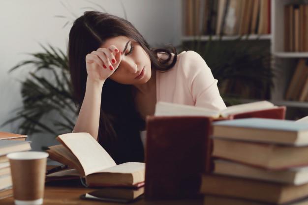 Врачи назвали симптомы дефицита фолиевой кислоты