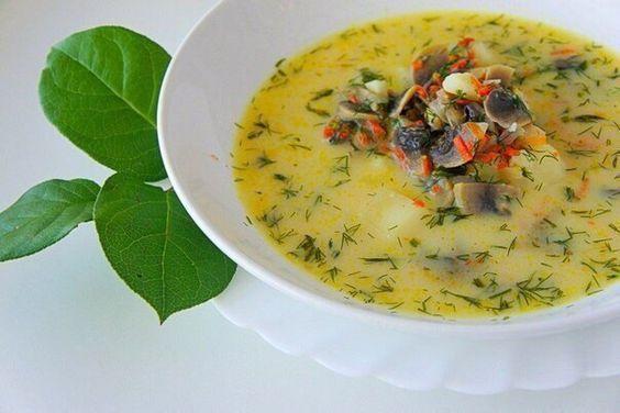 Рецепт на обед: сливочный суп с морепродуктами