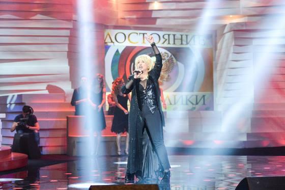 Ирина Аллегрова вернулась на сцену спустя три года после перерыва в творческой деятельности