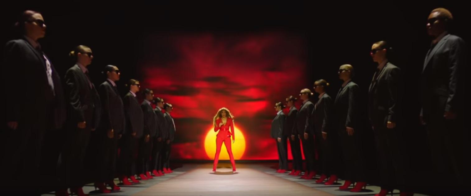 Дженнифер Лопес в новом клипе