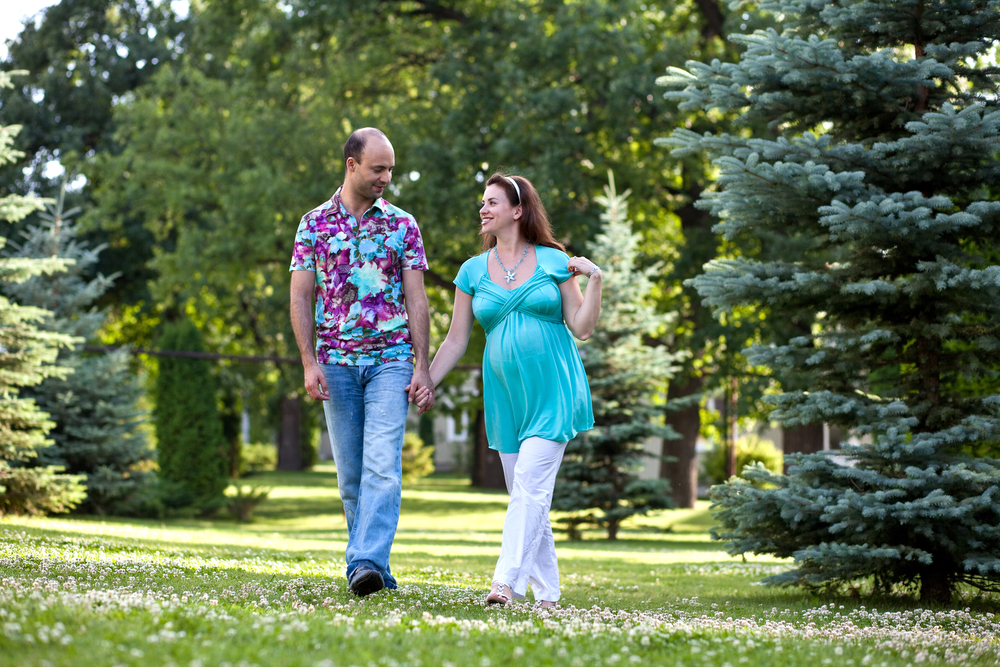Жена беременная а муж гуляет с друзьями 523