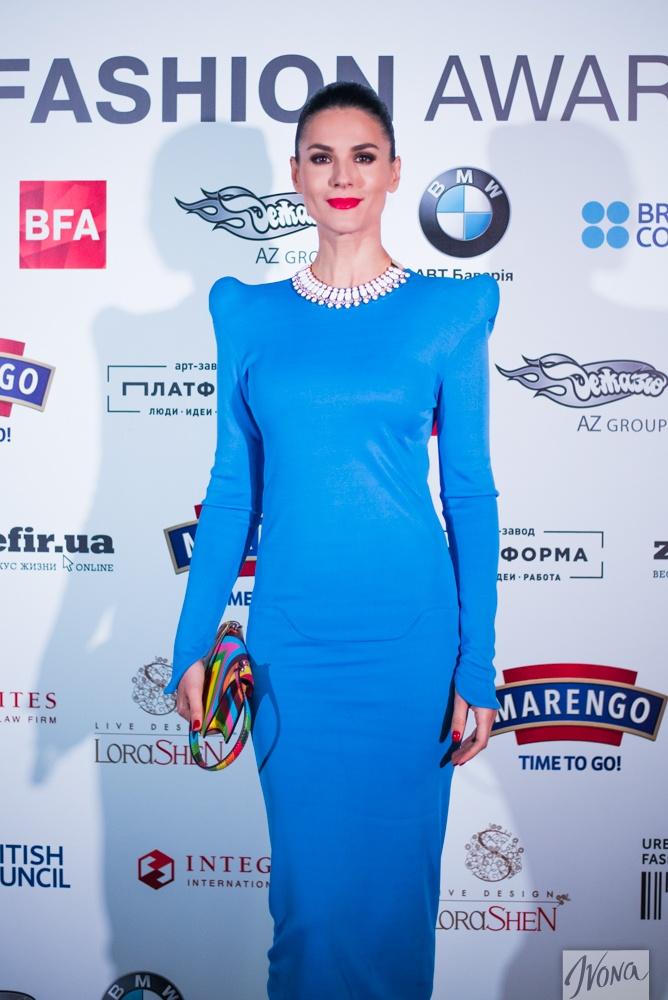 Маша в платье от французского дизайнера Thierry Mugler