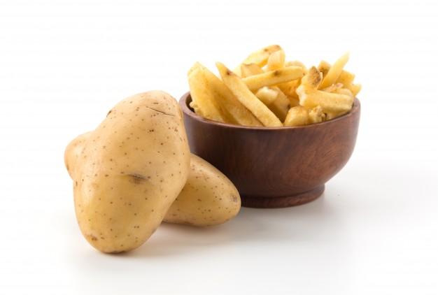 Названа причина, почему гипертоникам опасно есть картофель