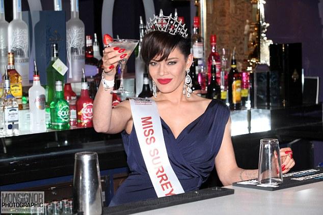 Мисс Великобритания: В финал впервые прошла девушка с короткой стрижкой