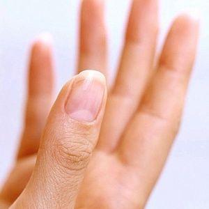 Раскрываем секрет: почему быстро растут ногти?