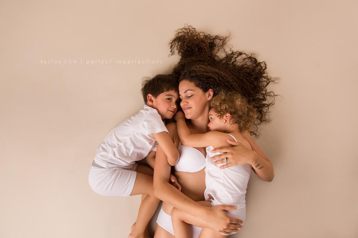 Идеальное в неидеальном: ТОП-20 фото о красоте материнства