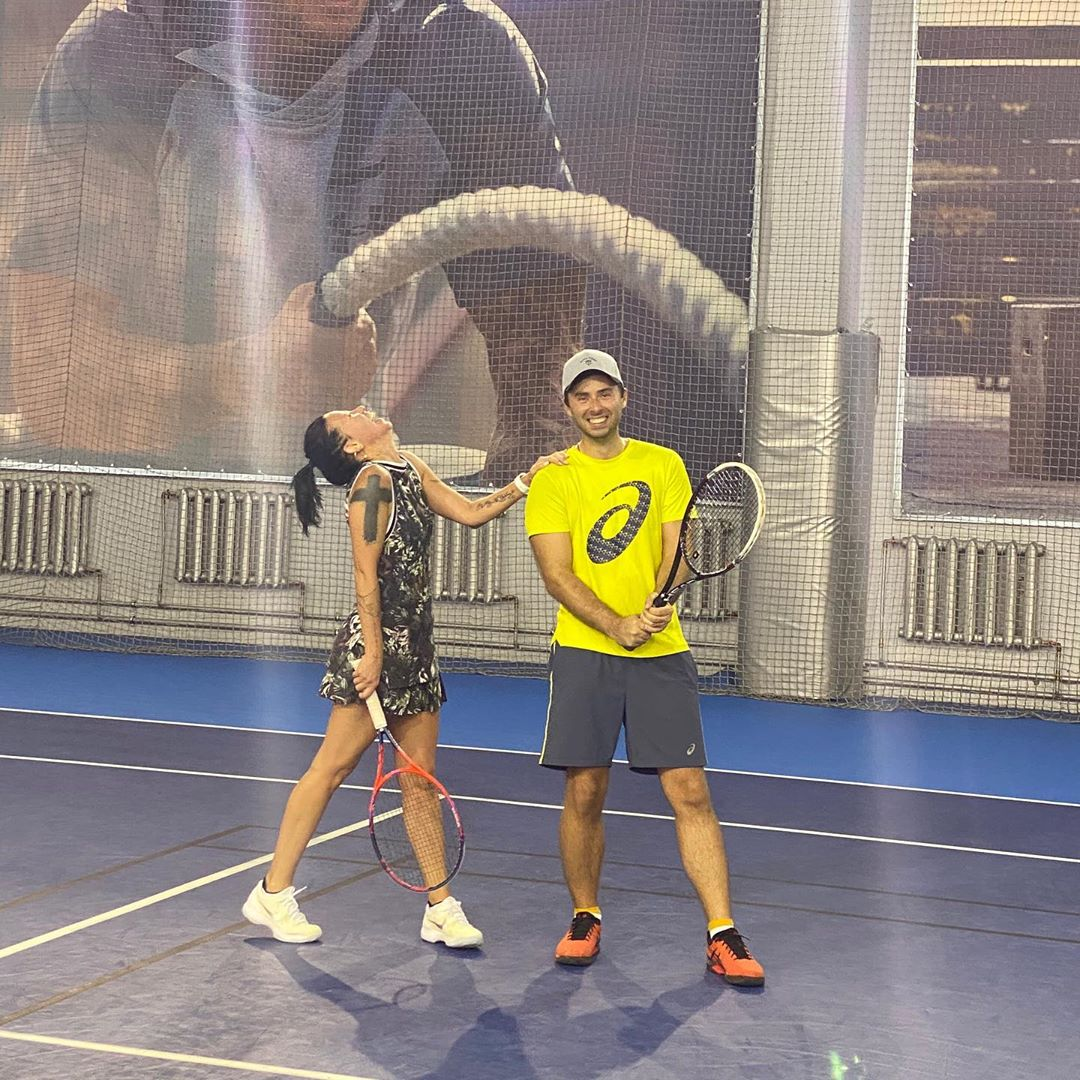 Ирина Горовая готовится к турниру по большому теннису