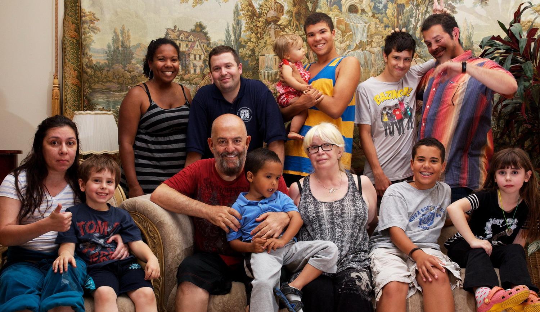 Шуфутинский и его жена и дети фото