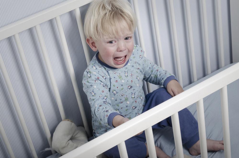 Почему дети страдают бессонницей