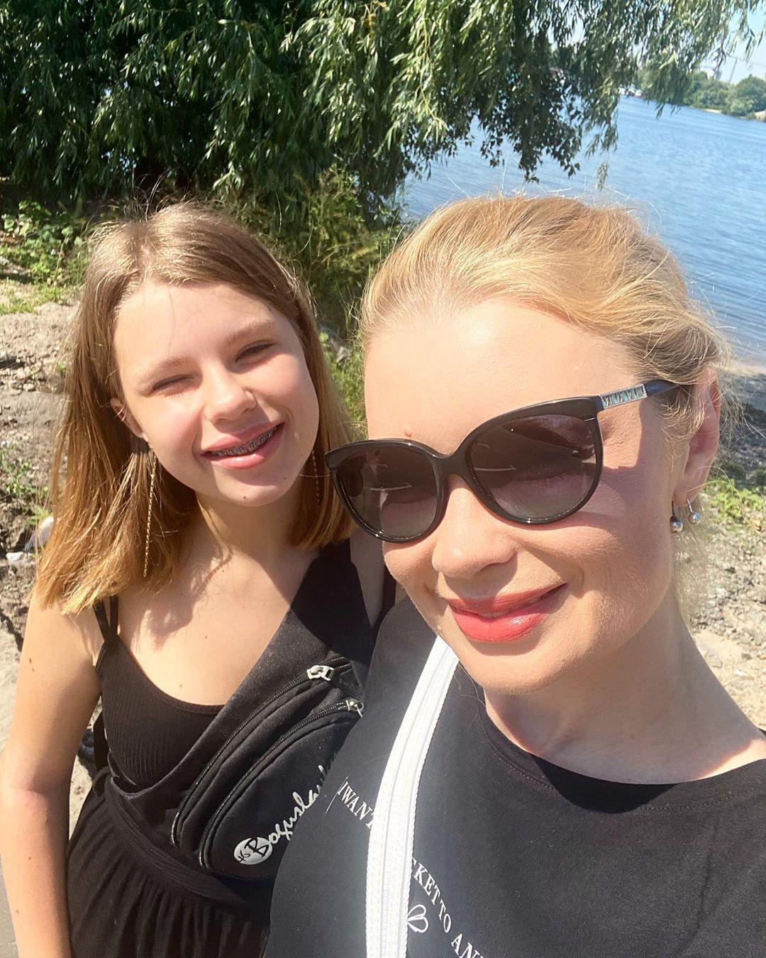 Лидия Таран разрешила дочке прогулять школу