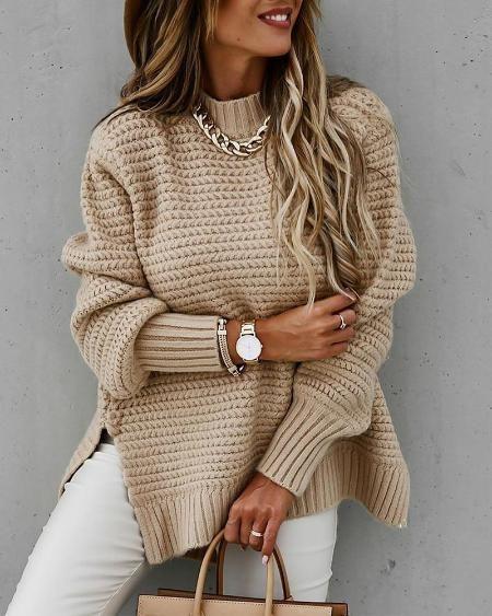 ТОП-10 новогодних свитеров для ежедневных выходов
