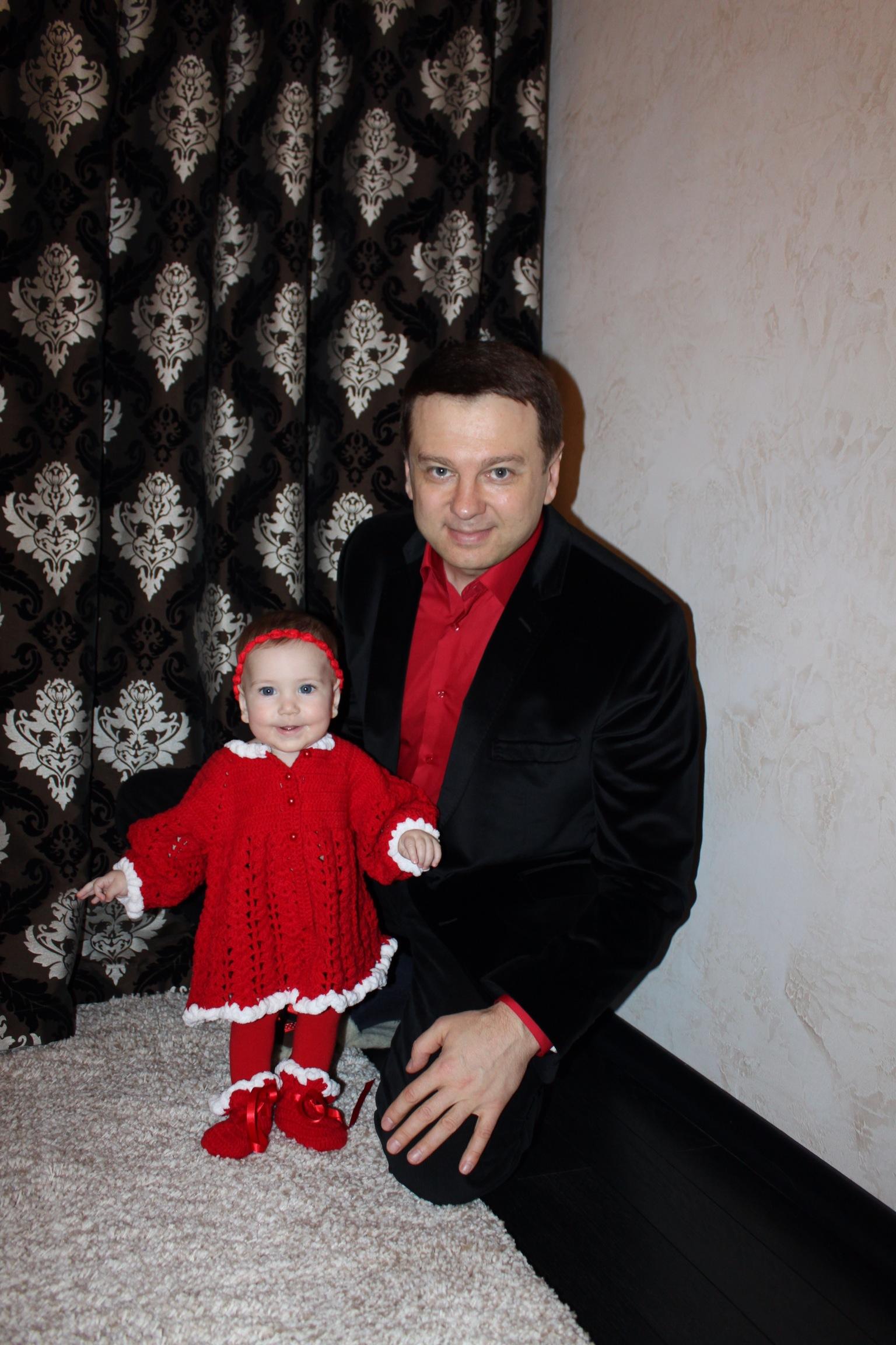 Смотреть папа сделал массаж маленькой дочке бесплатно 9 фотография