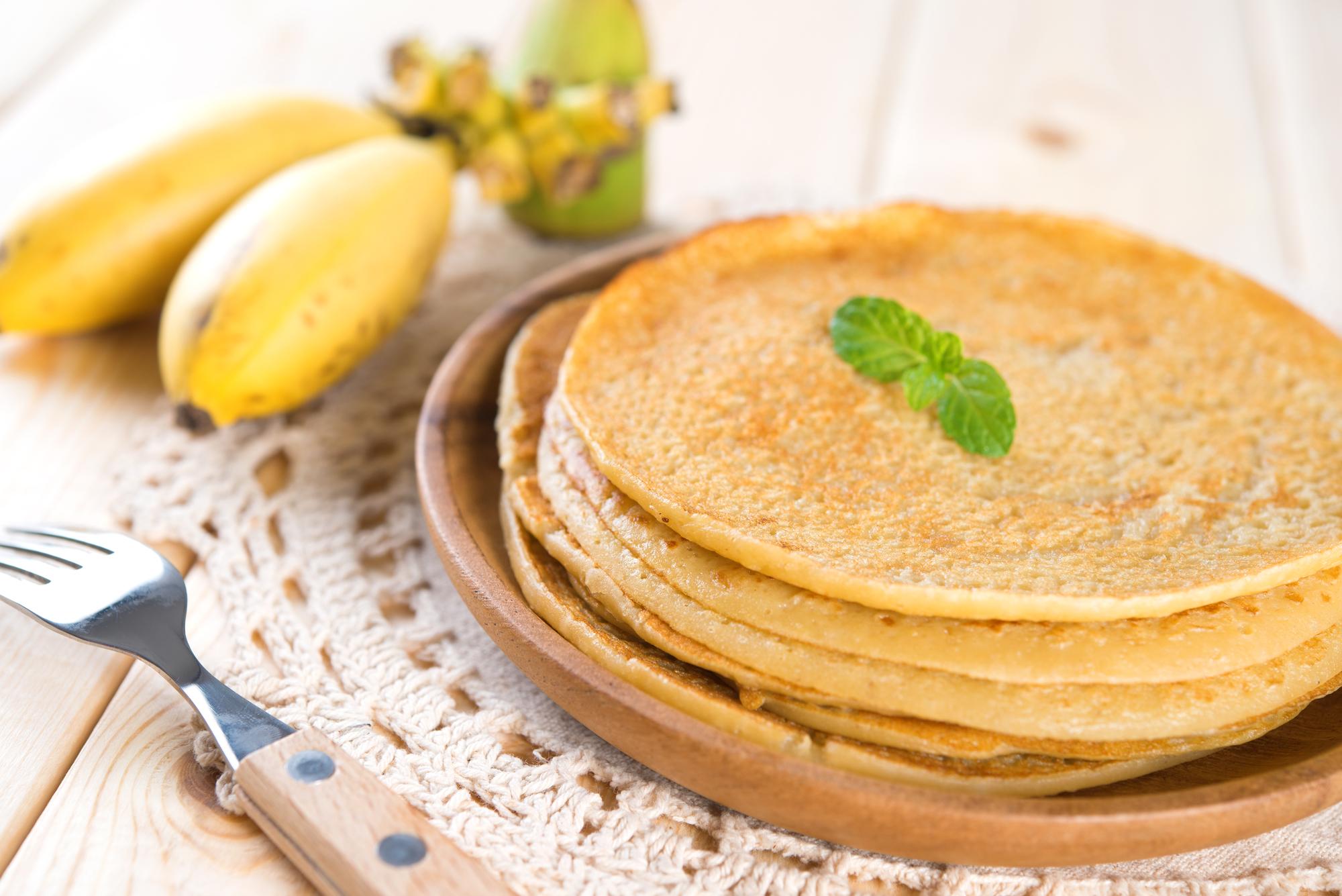 Сытный завтрак: рецепт банановых блинов