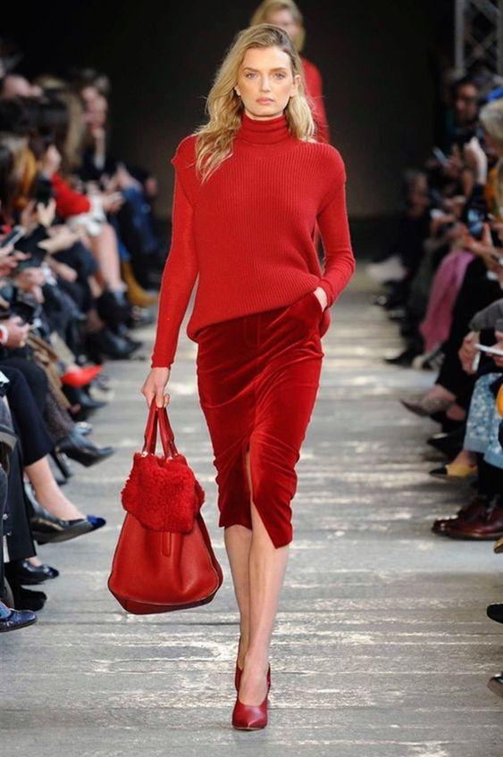 Красный осенний образ с юбкой-карандаш