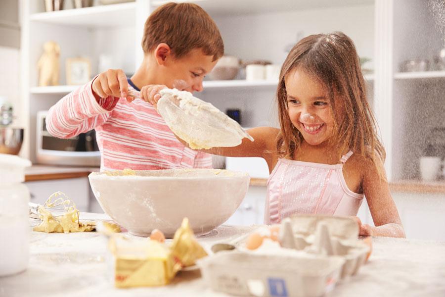 Приготовьте вместе с детьми уютный осенний пирог