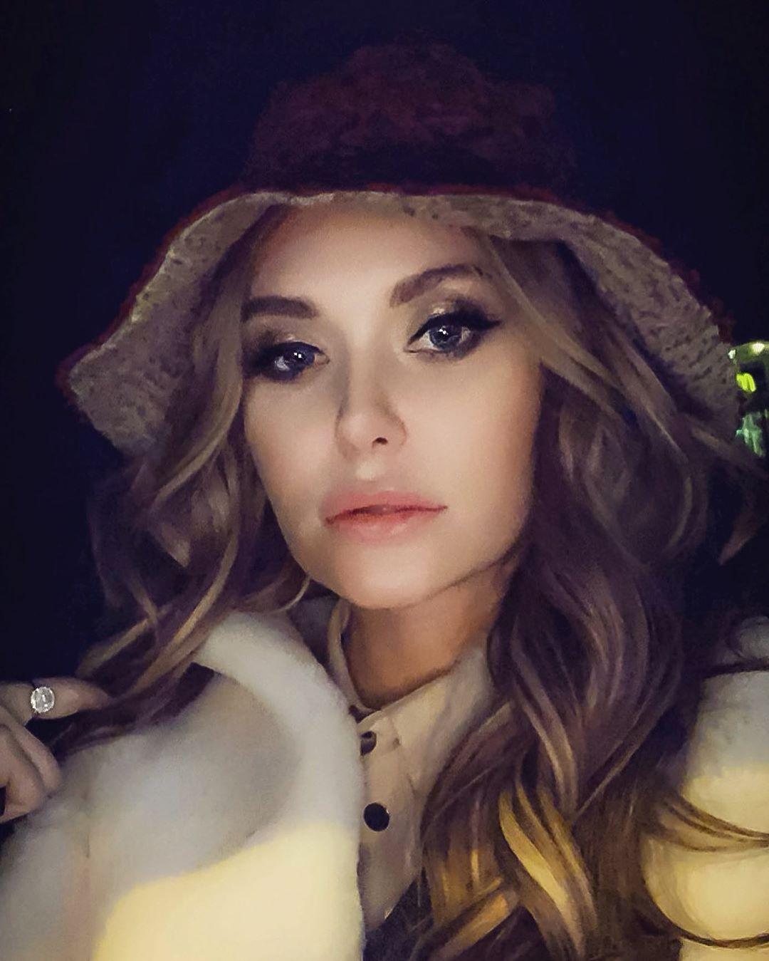 Слава Каминская поправилась из-за болезни - фото