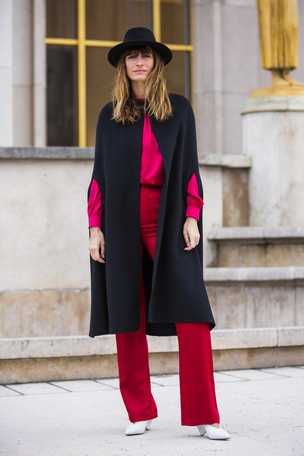 Стильная верхняя одежда на зиму 2019-2020: кейп