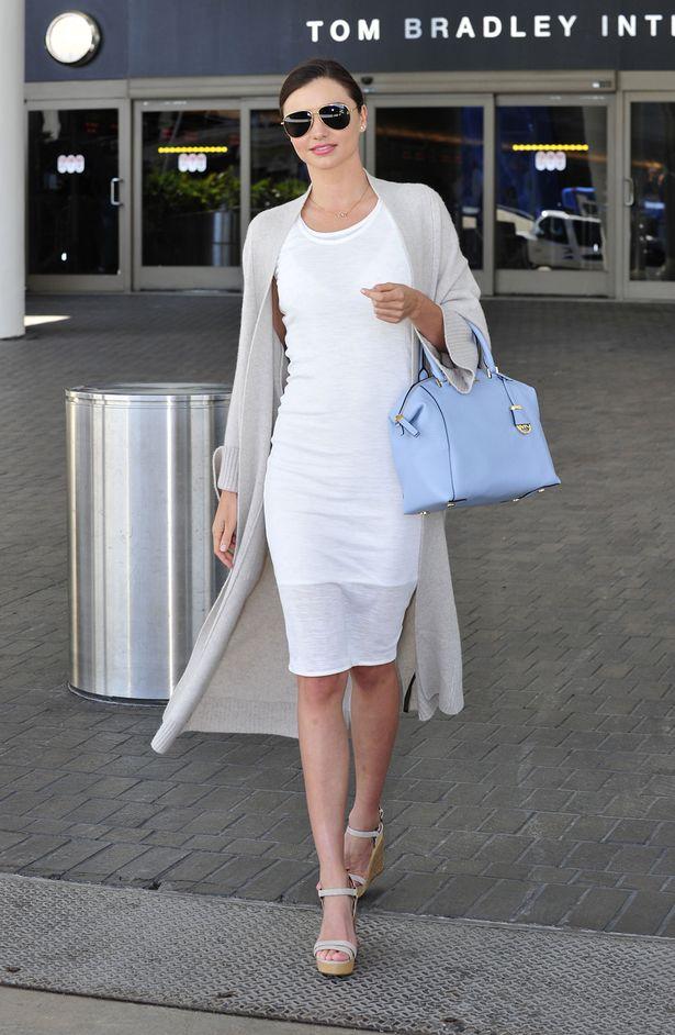 Модель Миранда Керр примерила простой и элегантный look