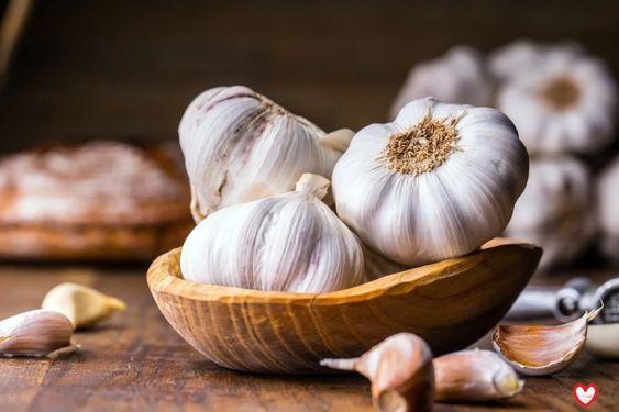 ТОП-6 продуктов при гриппе и ОРВИ: чеснок