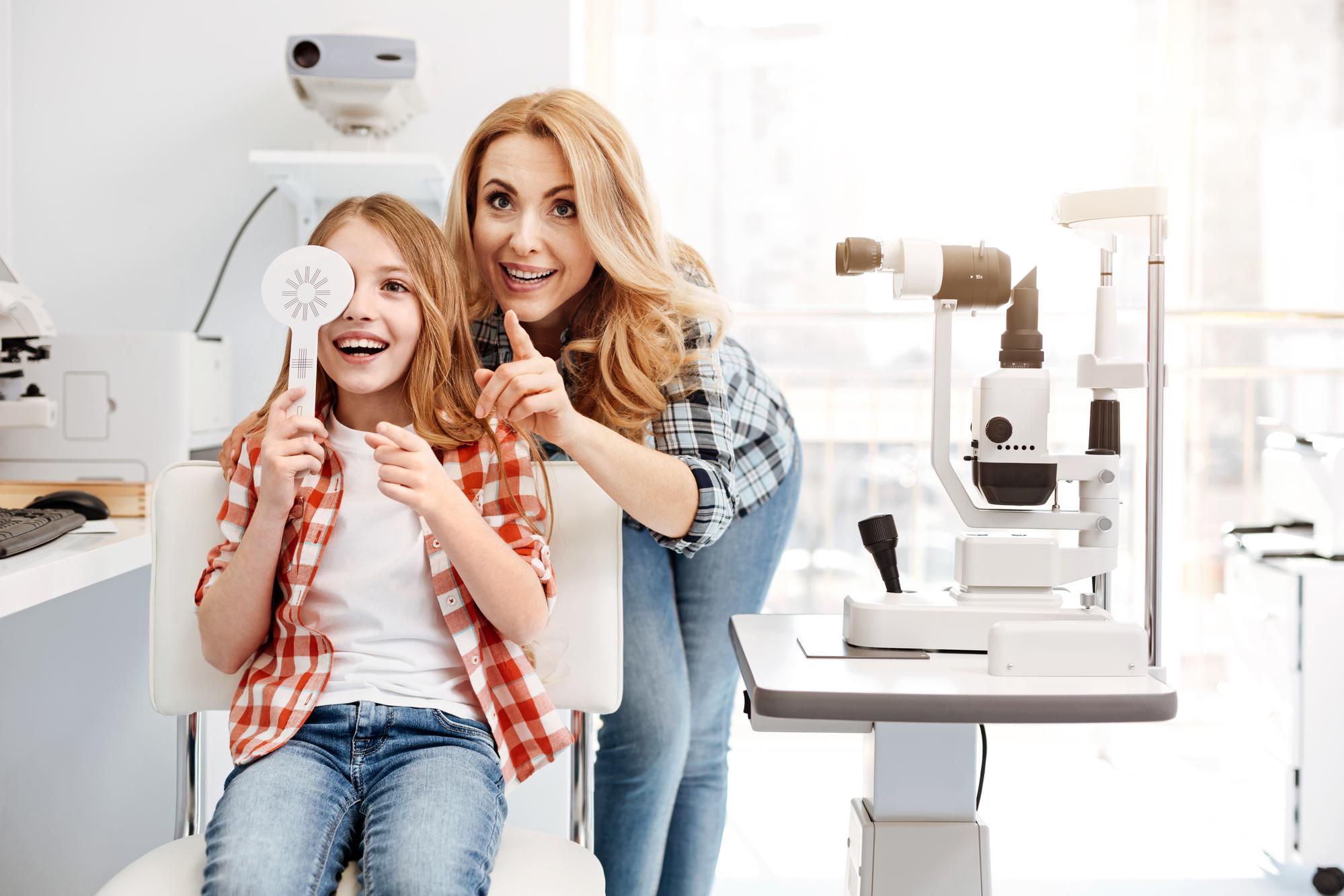 Как определить, что у ребенка проблемы со зрением