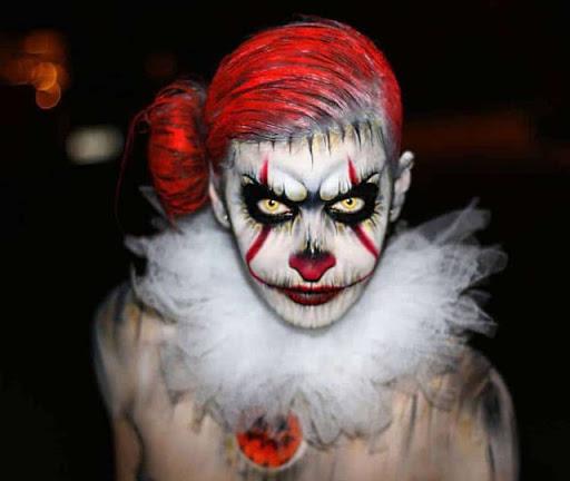 Прически на Хэллоуин: образ клоуна