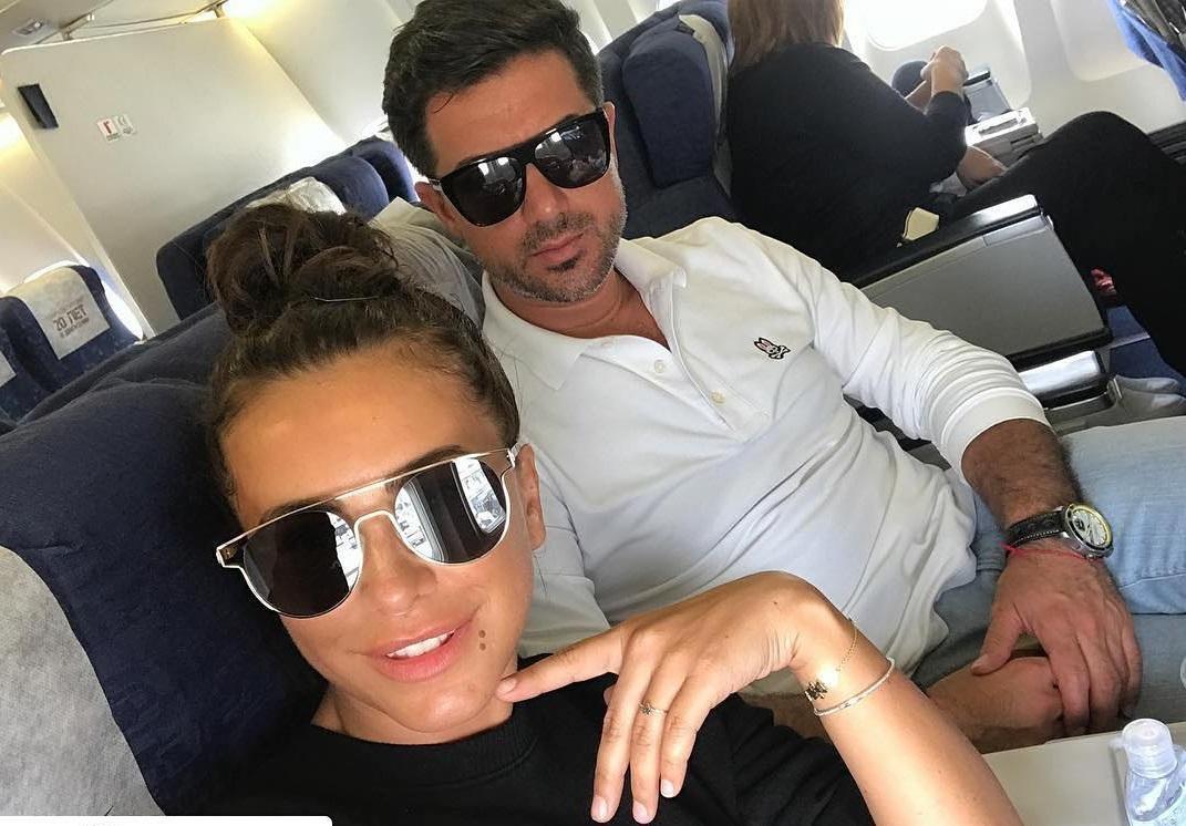 Отдыхают вместе?: Лорак и ее бывший муж выставили одинаковые фото с дочерью