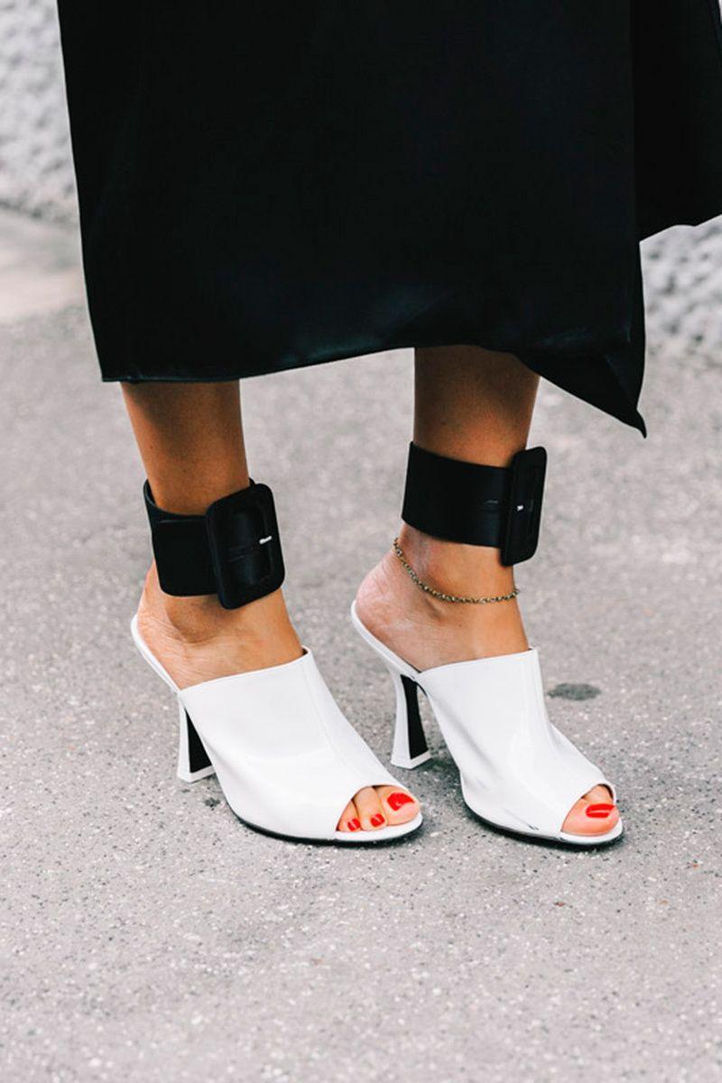 Обувные тенденции весенне-летнего сезона 2020: Мюли