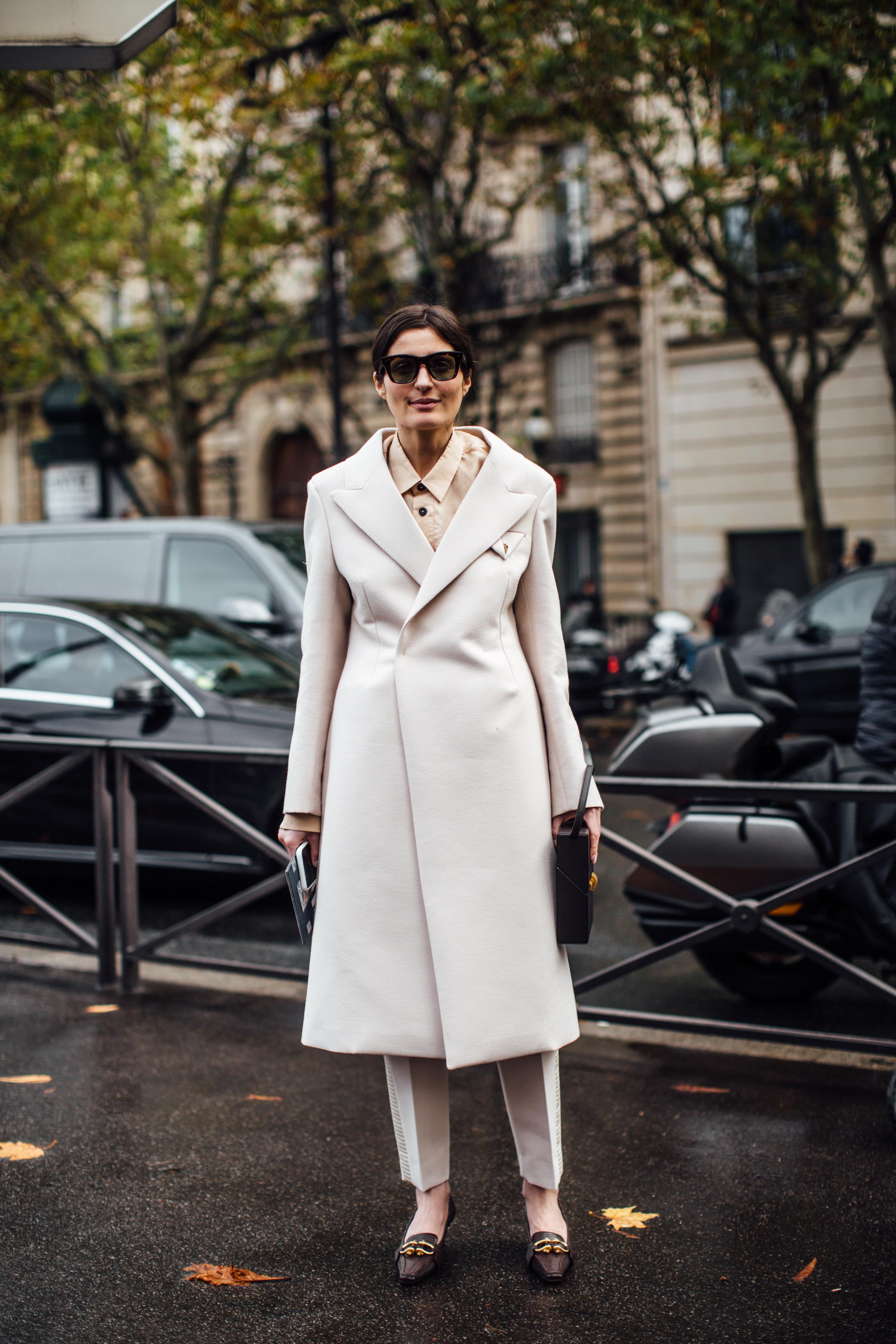 Модная верхняя одежда на весну 2020: Молочное пальто