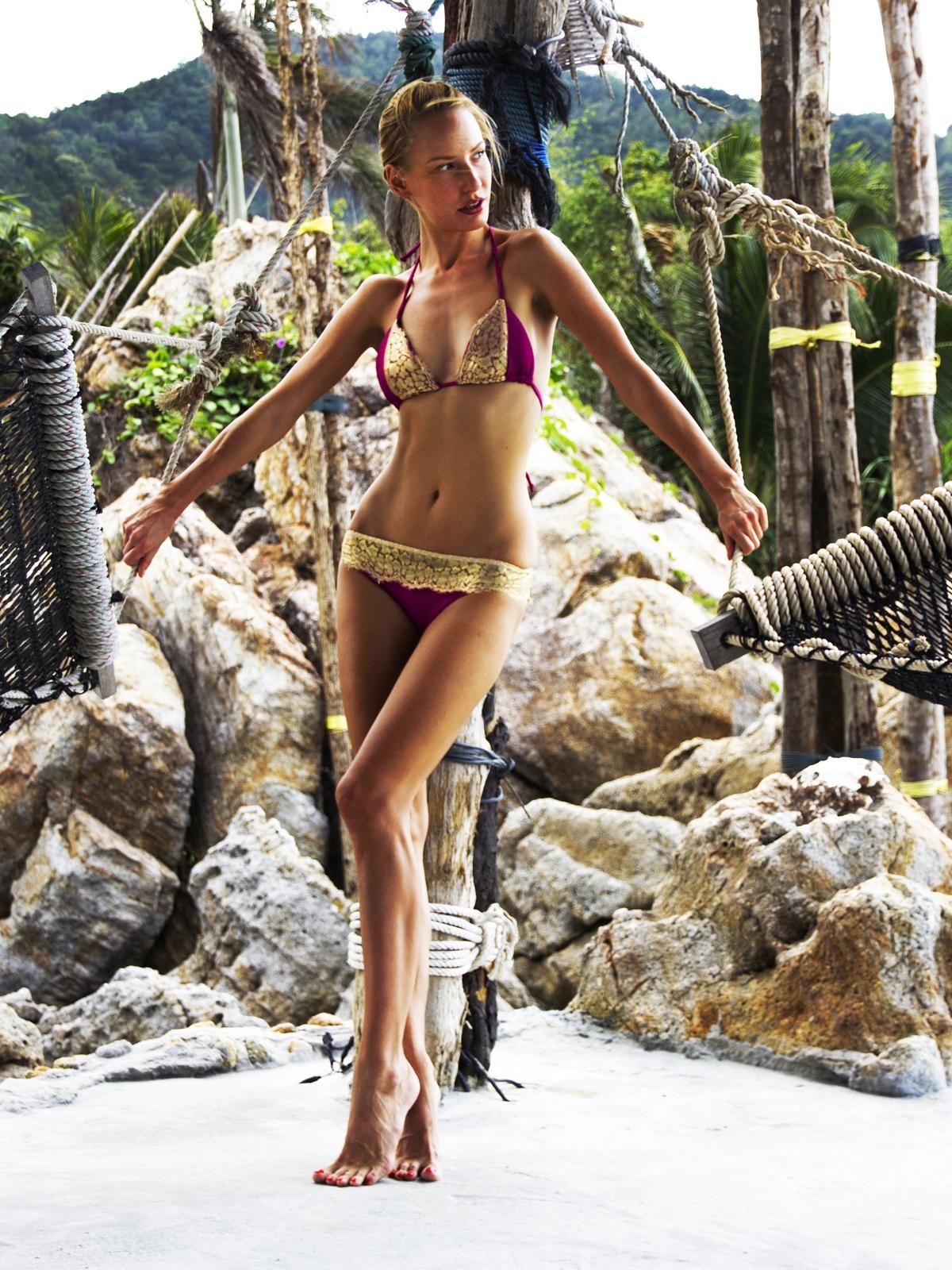 Определен победитель викторины Выиграй купальник от украинского бренда