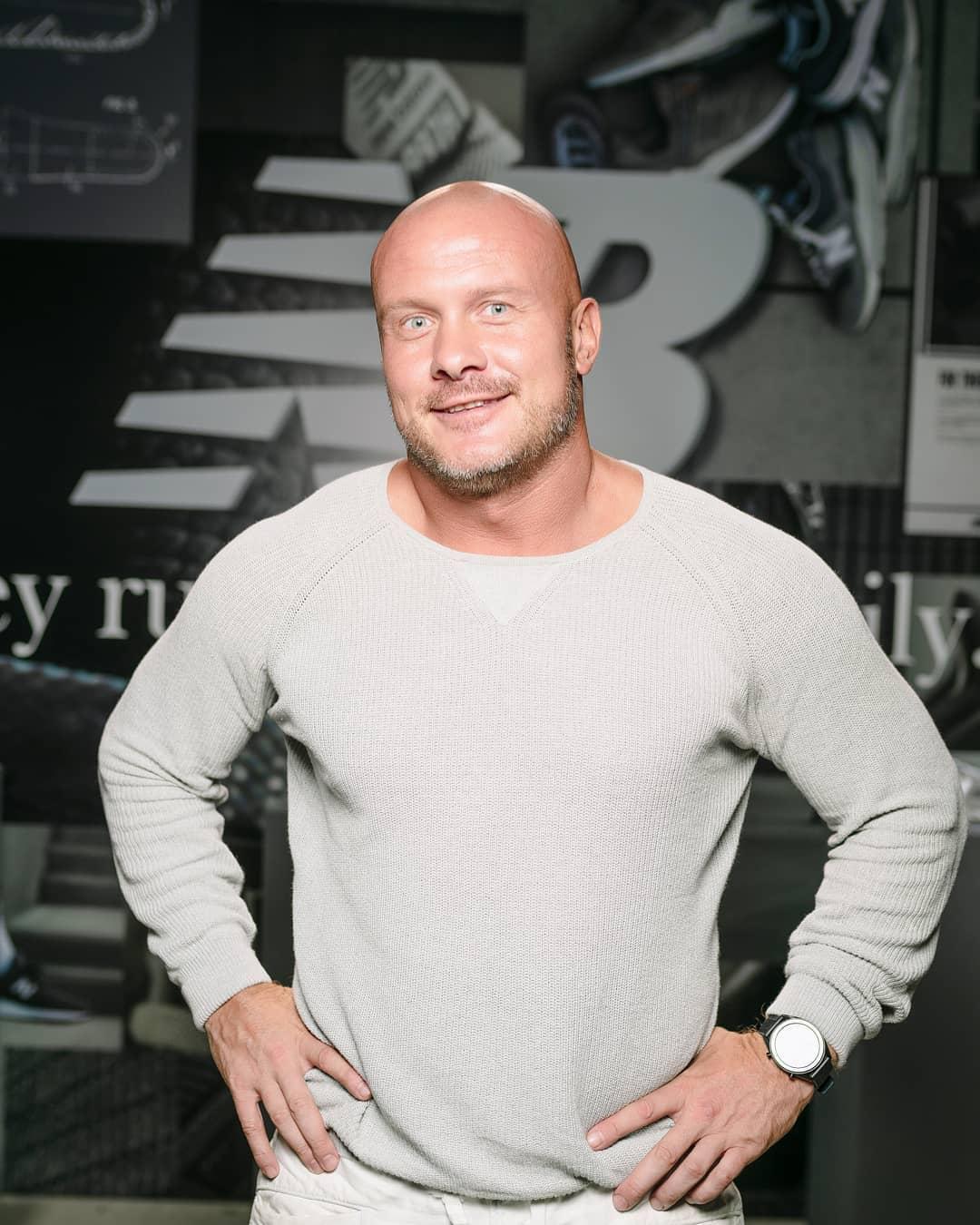 Делал все возможное: Вячеслав Узелков показал забавное селфи с дочерью