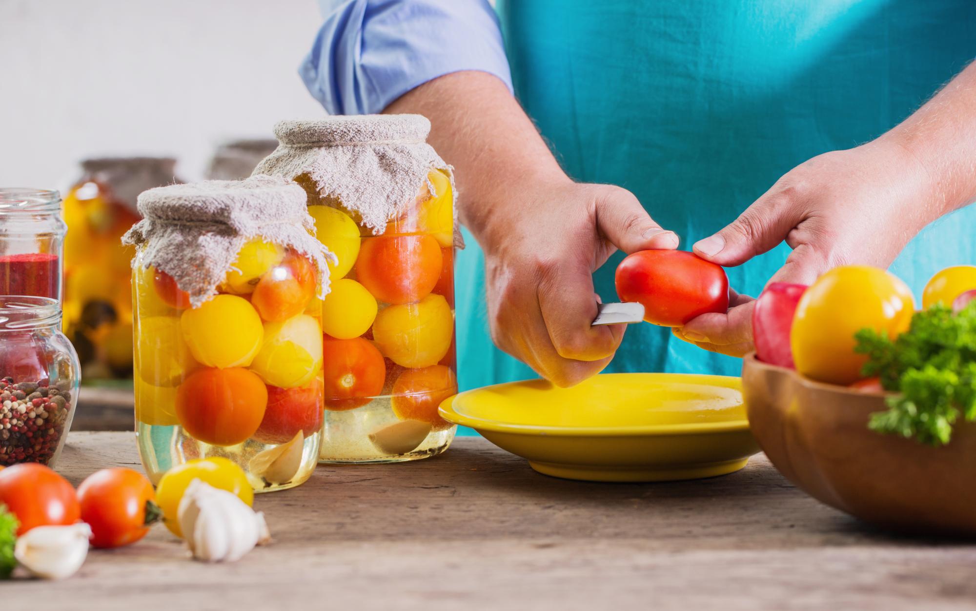 Актуальный рецепт: острые помидоры на зиму