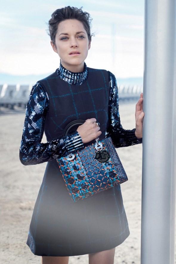 Марион Котийяр представила новые сумки от Dior