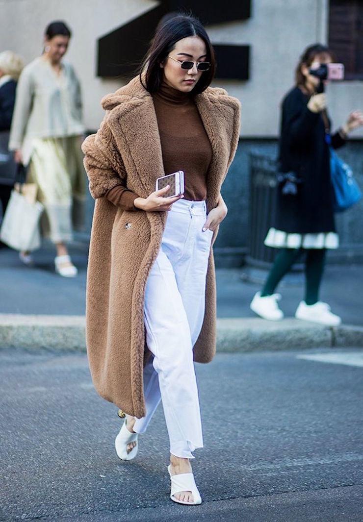 Самые модные модели джинсов на зиму 2019/20: Белые