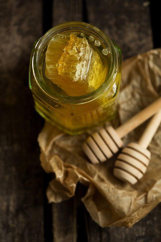 ТОП-6 продуктов при гриппе и ОРВИ: мед
