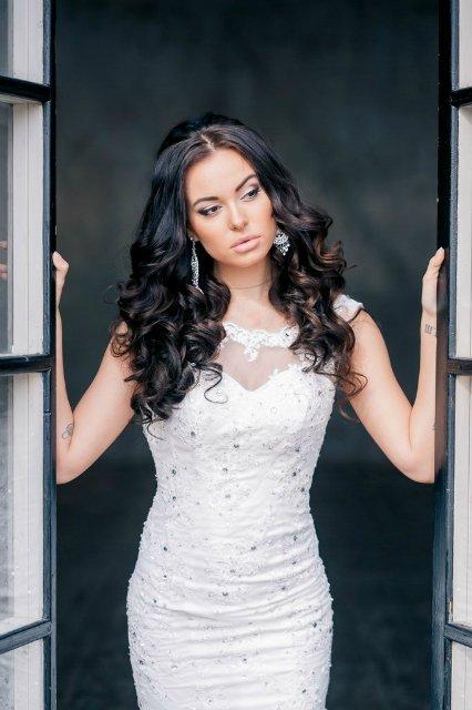 Известная модель обвинила ведущего Мисс Россия в избиении