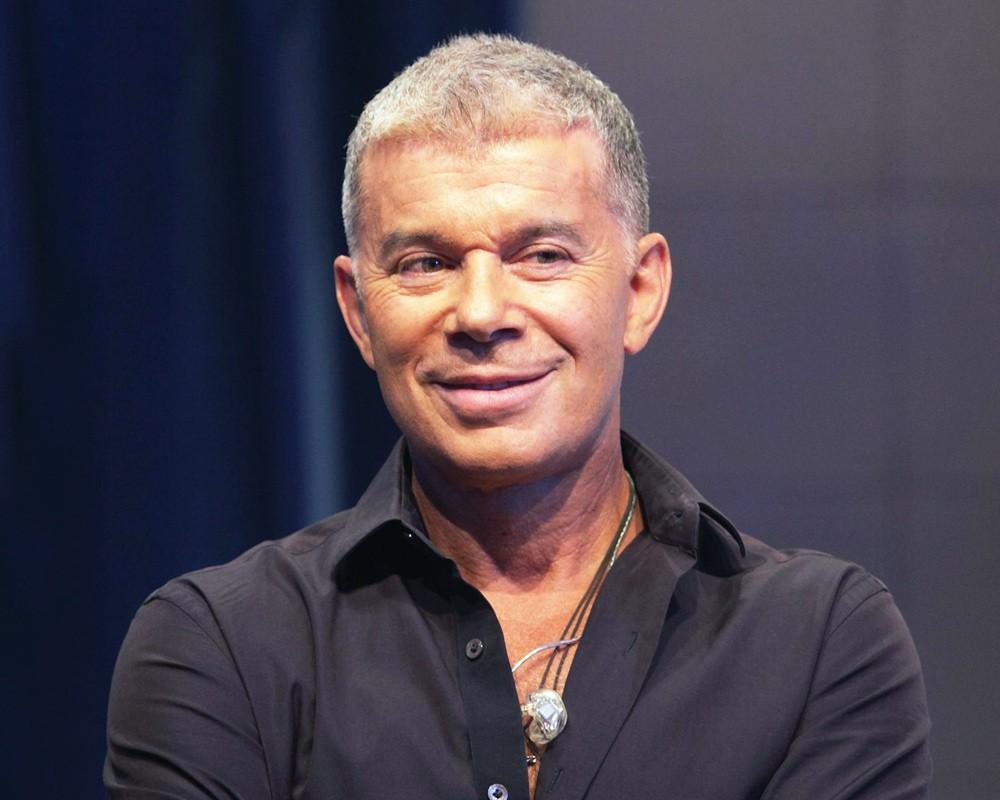 Российские певец Олег Газманов утверждает, что запреты украинских властей делают его еще популярней