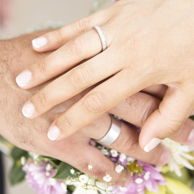 Анфиса Чехова похвасталась свадебными кольцами