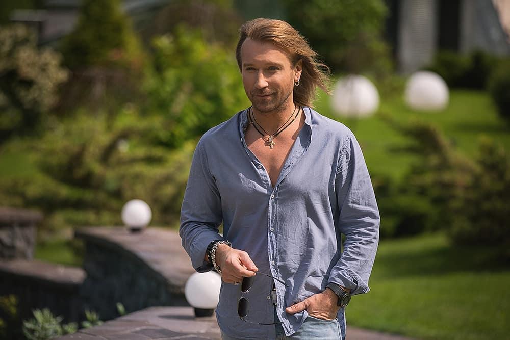 День рождения Олега Винника: Самые неожиданные образы певца