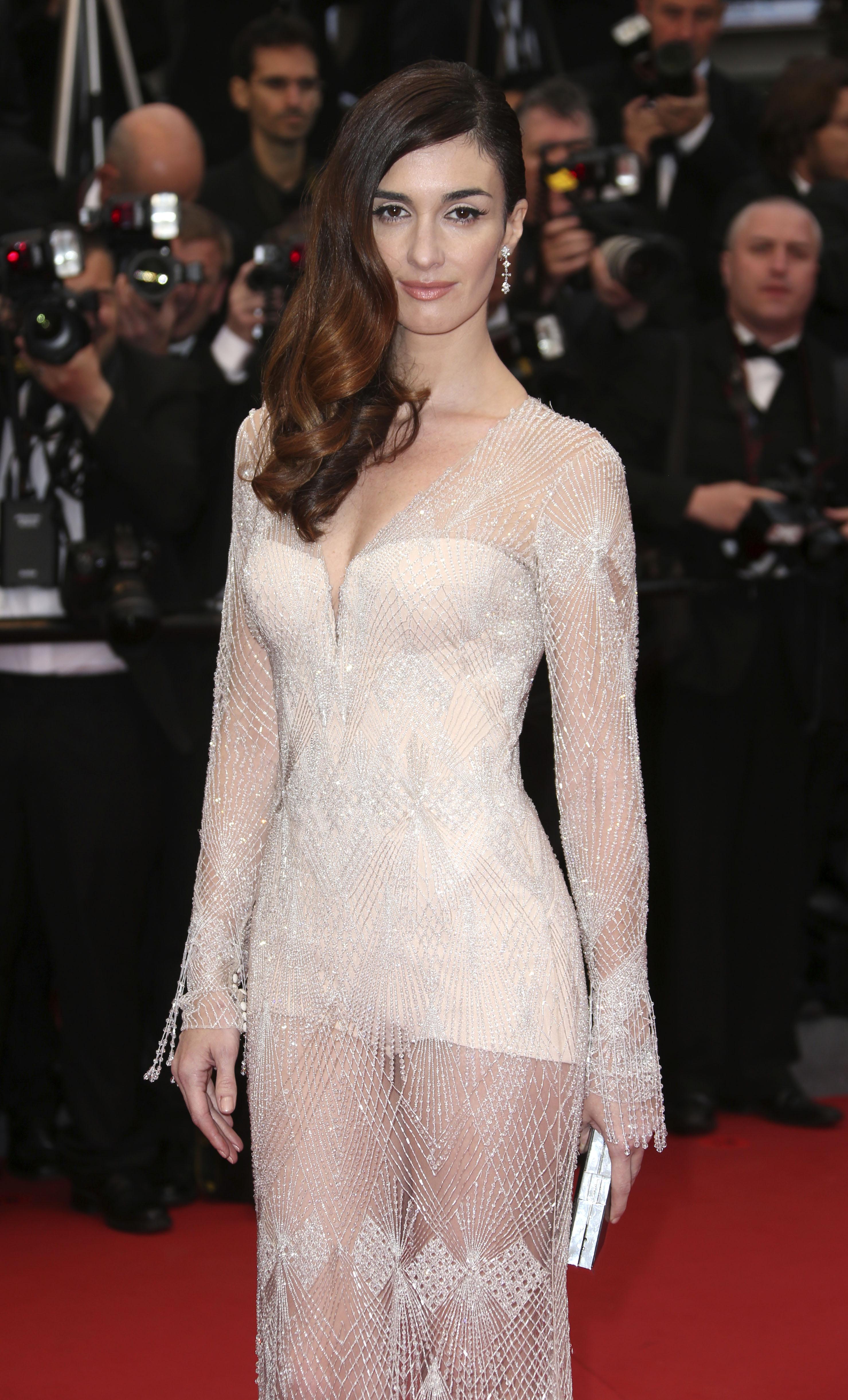 прозрачные платья у русских актрис сайт содержит материал
