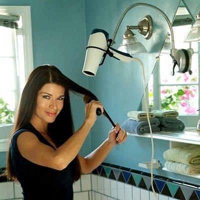 Сухой закон: как правильно сушить волосы