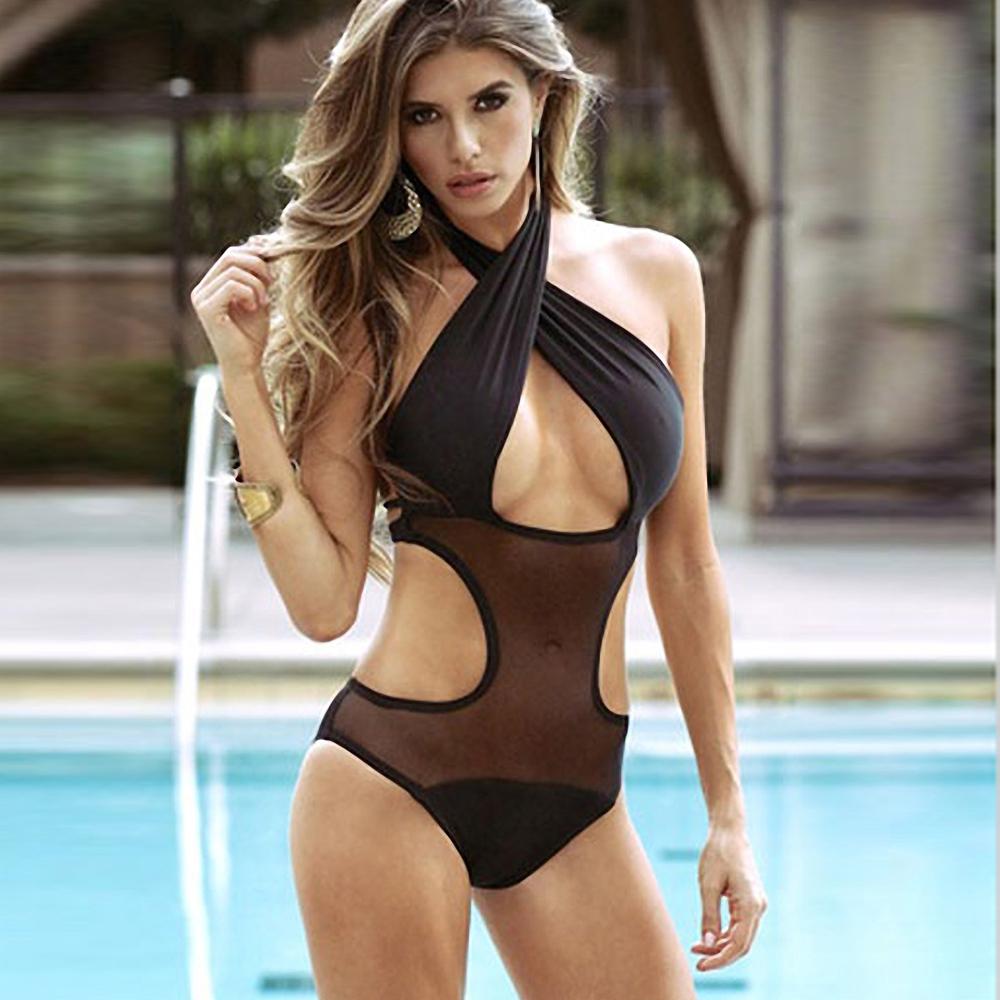 Сдельные купальники: модные тендеции 2019