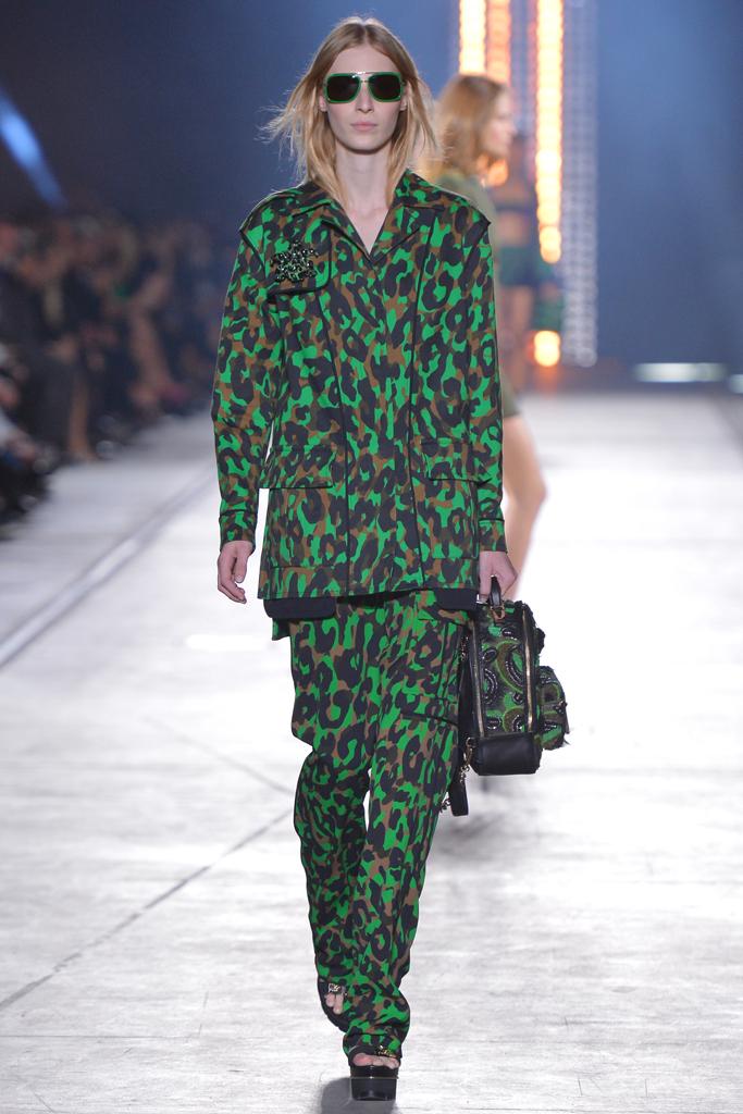 Весенне-летняя коллекция Versace