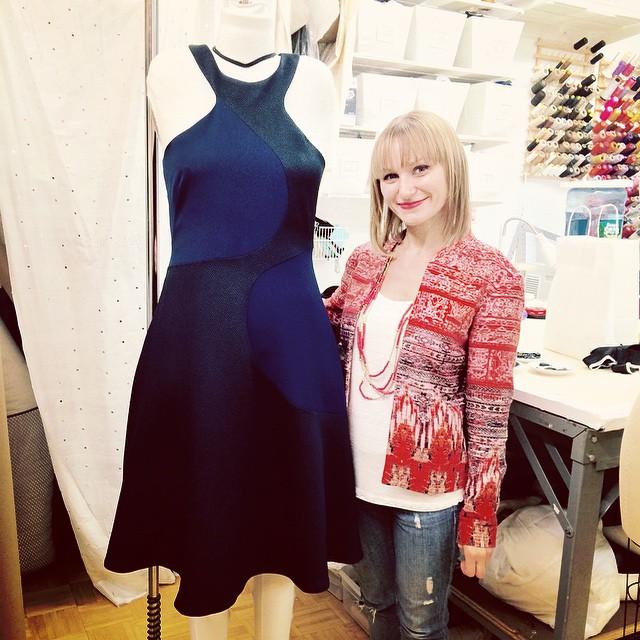 Украинский дизайнер Наталья Коваль с легенданым платьем